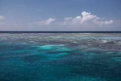 Barriärrev och lagun royaltyfria bilder