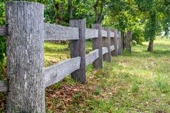 Barrière de bois de construction Image libre de droits