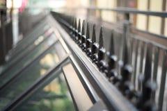 Barrière de fer sur le dessus de toit Photographie stock libre de droits