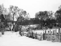 Barrière de pays en hiver Photographie stock