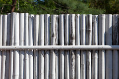 Barrière en bambou blanche Photographie stock libre de droits