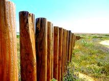 Barrière en bois dans les domaines du Portugal Photos libres de droits
