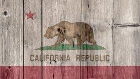 Barrière en bois de drapeau de la Californie d'état d'USA photos stock