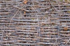 Barrière en bois faite de bâtons images stock
