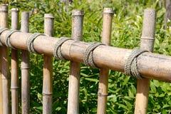 Barrière rustique en bambou Photographie stock libre de droits