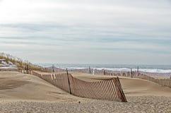 Barrières de sable et de neige images libres de droits