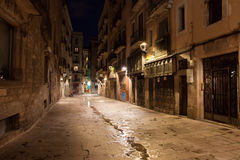 Barri Gotic bij Nacht in Barcelona Stock Fotografie
