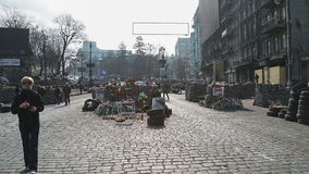 Barricades de la rue - révolution d'Euromaidan banque de vidéos