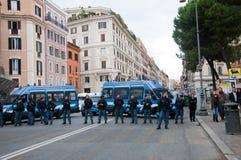 Barriera della polizia a Roma, Italia Fotografie Stock Libere da Diritti