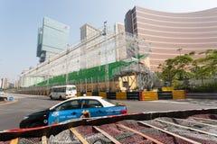 Barriere di sicurezza installate avanti per la corsa di Macao G Immagini Stock