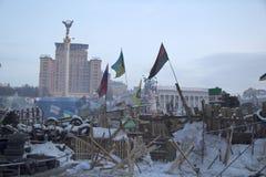 Barrikaden bei Maidan Nezalezhnosti Stockbilder
