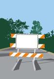 barrikadera det blanka vägmärket Arkivbild