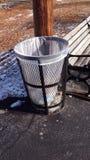 Barril de basura foto de archivo libre de regalías