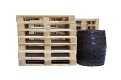Barril y plataformas de madera Fotos de archivo