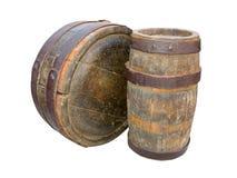 Barriles de madera antiguos aislados en blanco Fotografía de archivo