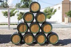 Barriles de madera para el vino Imagen de archivo libre de regalías