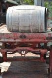 Barriles de madera viejos Fotografía de archivo