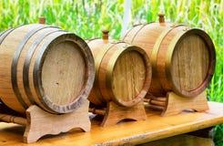 Barriles de madera viejos del aceite Fotos de archivo