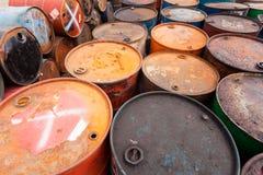 Barriles de petróleo Fotos de archivo libres de regalías