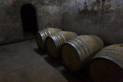 Barriles de vino Fotos de archivo libres de regalías