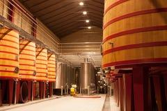 Barriles de vino del roble, La Rioja Fotos de archivo