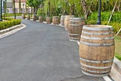 Barriles de vino viejos grandes Imagen de archivo