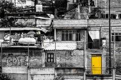 Barrio pobre en Ciudad de México Imagen de archivo libre de regalías