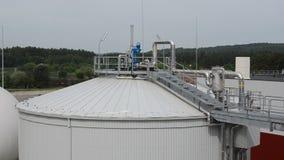 Barro de la planta del biogás almacen de metraje de vídeo