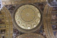 Barrocokerk van Gesu Nuovo, Napels, Italië stock afbeelding