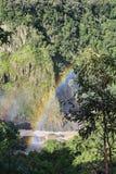Barron Gorge med regnbågen arkivfoton
