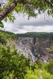 Barron Waterfall nella foresta pluviale fotografie stock libere da diritti