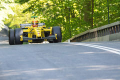 Barry Walker in a Jordan EJ12 formula one racing car Royalty Free Stock Photos