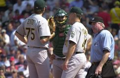 Barry Zito, Jason Kendall e Curt Young imagens de stock royalty free