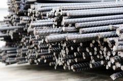 Bars en acier déformés Photo stock