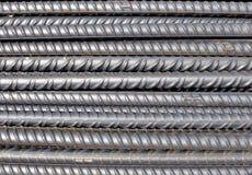 Bars en acier pour les structures en béton renforcées Photos stock