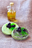 Bars olives fabriqués à la main de savon Images libres de droits