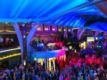 Barselona, Spaine - September 07, 2015: De Kapiteins` s ontvangst tegen meer interier van de Fascinatie van het cruiseschip van h Royalty-vrije Stock Foto