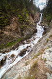Barskon瀑布在Kirghizia 图库摄影