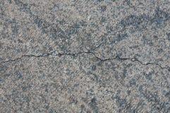 Barst op betonweg stock fotografie