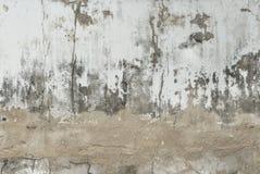 Barst oude bakstenen muur op een achtergrond royalty-vrije stock foto