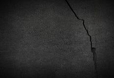 Barst van ruw asfalt stock afbeelding
