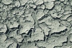 Barsten in het zand Oude zandige oppervlakte royalty-vrije stock afbeeldingen