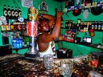 bartend Κένυα Στοκ φωτογραφία με δικαίωμα ελεύθερης χρήσης