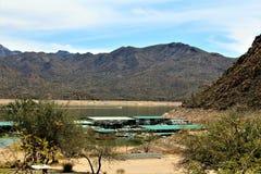 Bartlett Lake behållare, Maricopa County, tillstånd av Arizona, scenisk landskapsikt för Förenta staterna royaltyfria bilder