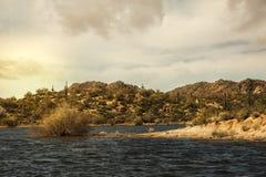 Bartlett Lake in Onbezorgd Arizona Royalty-vrije Stock Fotografie