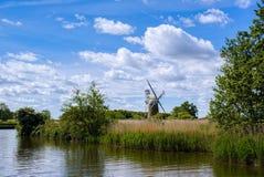 BARTON-RASEN, NORFOLK/UK - 23. MAI: Ansicht der Rasen-Fenn-Mühle am Bart Lizenzfreie Stockfotos