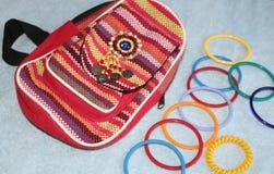 Barwić bransoletki na kobiety ` s plecaku w stylu kraju Obrazy Royalty Free