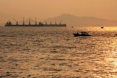 barwi ciemności horyzontalnego naturalnego fotografii morza wschód słońca obraz royalty free