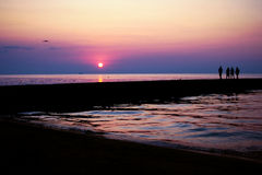barwi ciemności horyzontalnego naturalnego fotografii morza wschód słońca Obraz Stock