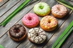Barwiący asortyment donuts Fotografia Stock
